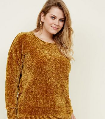 Curves , Pull en chenille moutarde