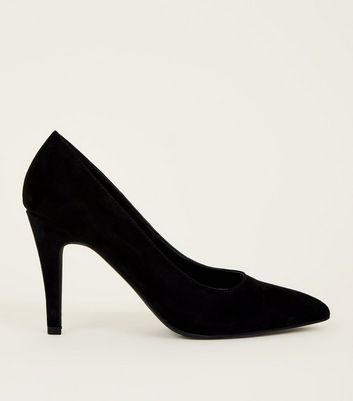 Black Suedette Pointed Court Shoe New Look