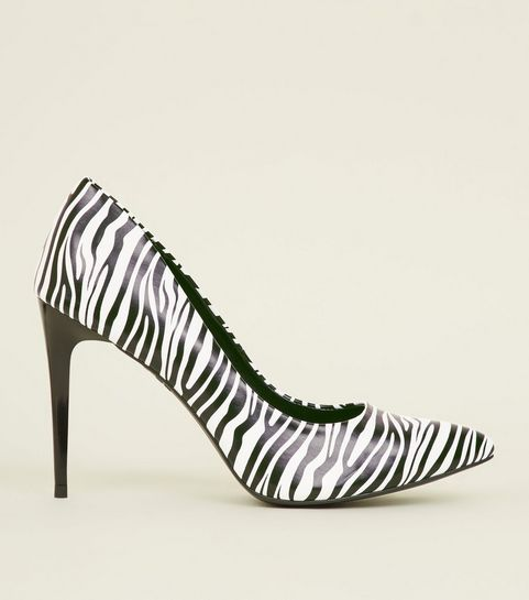 35f2c662349a6 ... Black Zebra Print Pointed Court Shoes ...