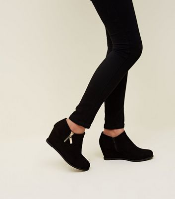 Girls Black Suedette Wedge Shoe Boots New Look