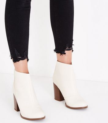 f6eb81a9a66 Wide Fit Off White Wood Block Heel Boots New Look