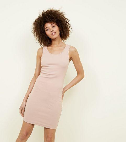 Pinke Kleider | Knallige Pinktöne und Pastelltöne | New Look
