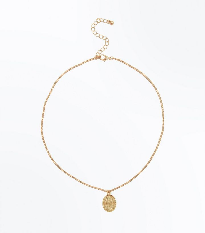 Gold Oval Coin Pendant Necklace New Look