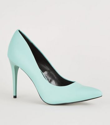 Mint Green Pointed Court Shoes
