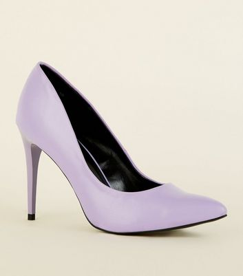 Lilac Pointed Court Shoes