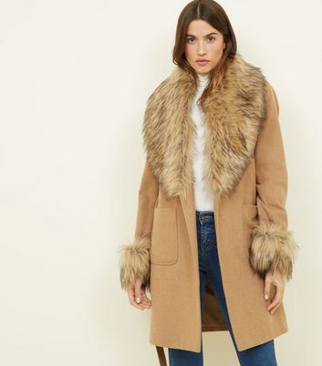 Camel Detachable Faux Fur Trim Coat