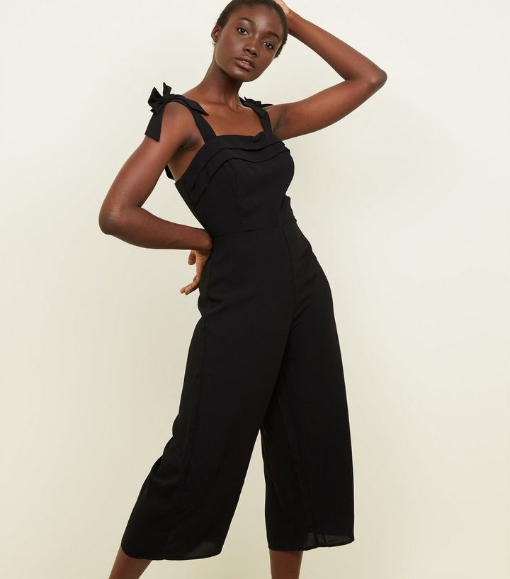 9ef6f01878 Black Bow Strap Cropped Jumpsuit