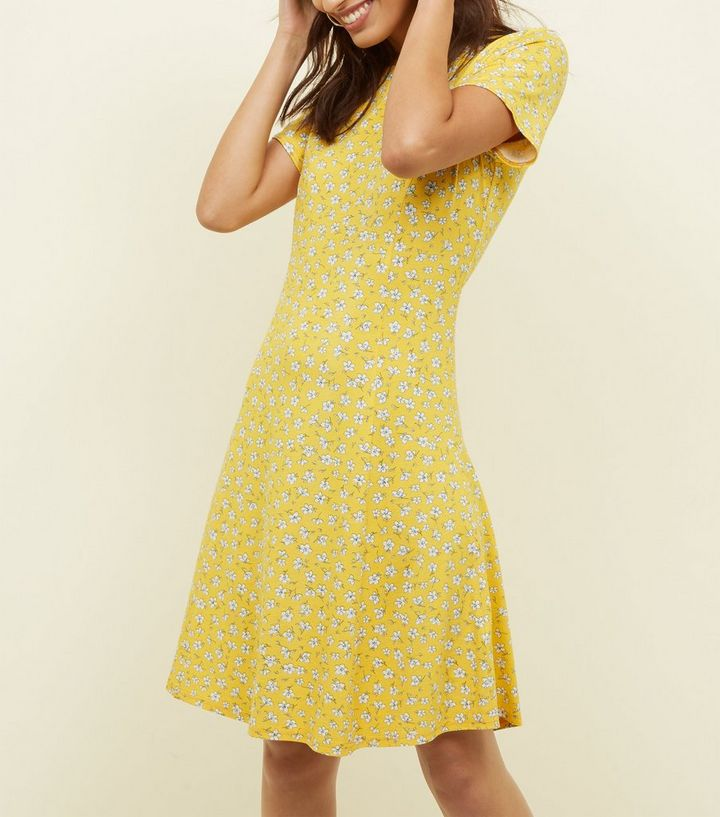 9967d37c0eb1 Tall Yellow Ditsy Floral Cap Sleeve Swing Dress