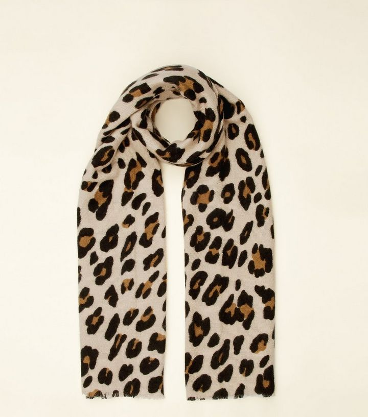 ebc987daf765 Foulard marron à imprimé léopard   New Look