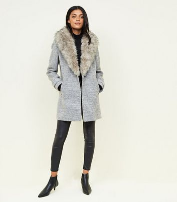 Image 7 of COAT WITH FAUX FUR COLLAR from Zara | Coat, Coats