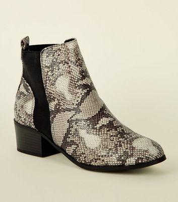 Black Comfort Faux Snake Chelsea Boots