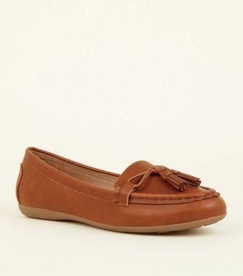 Wide Fit Tan Leather-Look Tassel