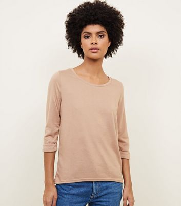 Camel 3/4 Sleeve Fine Knit Top