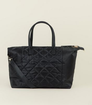 Black Quilted Holdall