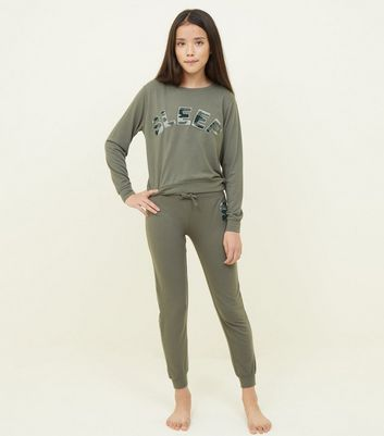 Girls Khaki Camo Chenille Appliqué Pyjama Set