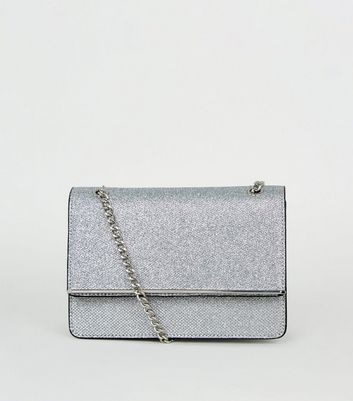 Silver Chain Strap Shoulder Bag
