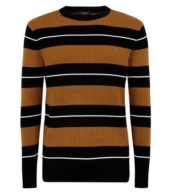 Dunkelbrauner, gerippter Pullover mit Rundhalsausschnitt Für später speichern Von gespeicherten Artikeln entfernen