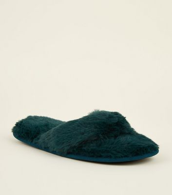 Dark Green Faux Fur Flip Flop Slippers