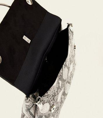 Black Faux Snake Ring Front Shoulder Bag New Look