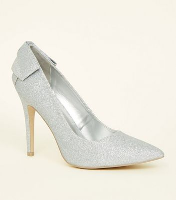 Wide Fit Silver Glitter Bow Back Pointed Courts