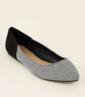 Wide Fit White Suedette Houndstooth Pointed Pumps