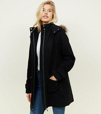Manteau duffle coat capuche fourrure femme