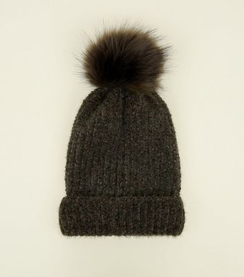 Khaki Ribbed Faux Fur Bobble Hat