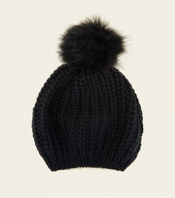Black Pom Pom Knitted Beret