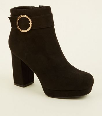 Black Ring Buckle Strap Platform Boots