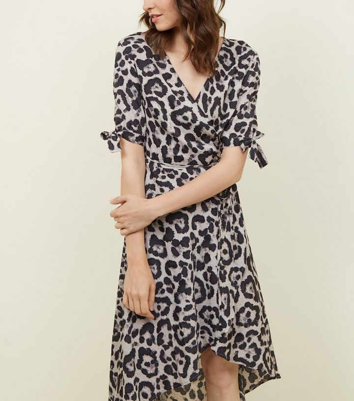 0bc521080a79 AX Paris Brown Leopard Print Tie Wrap dress | New Look