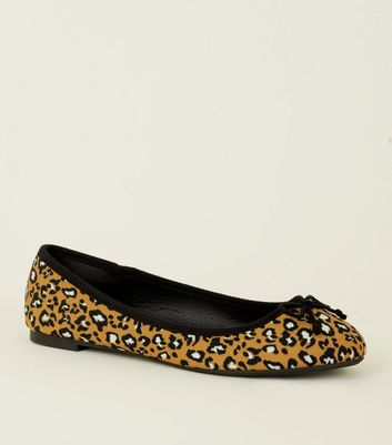 Wide Fit Yellow Leopard Print Ballerina