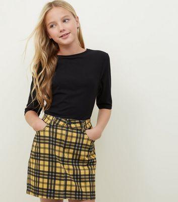 Read Mini skirt girls think
