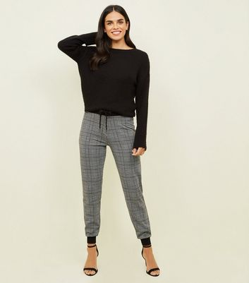 Black Heritage Check Fine Knit Joggers