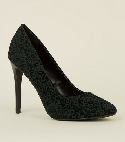 8d57b06046c9 Green Flocked Leopard Print Courts · Green Flocked Leopard Print Courts ...