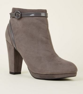 Grey Comfort Suedette Patent Trim Heeled Ankle Boots