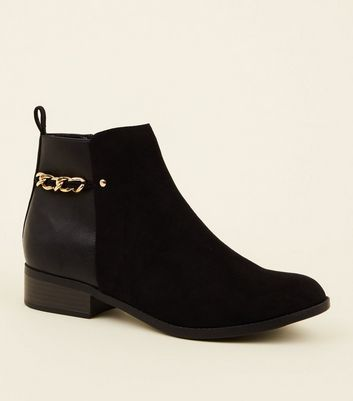 Black Suedette Panel Chain Back Ankle Boots by New Look