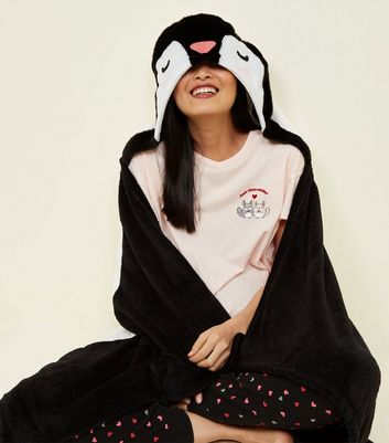 Black Fluffy Penguin Slanket