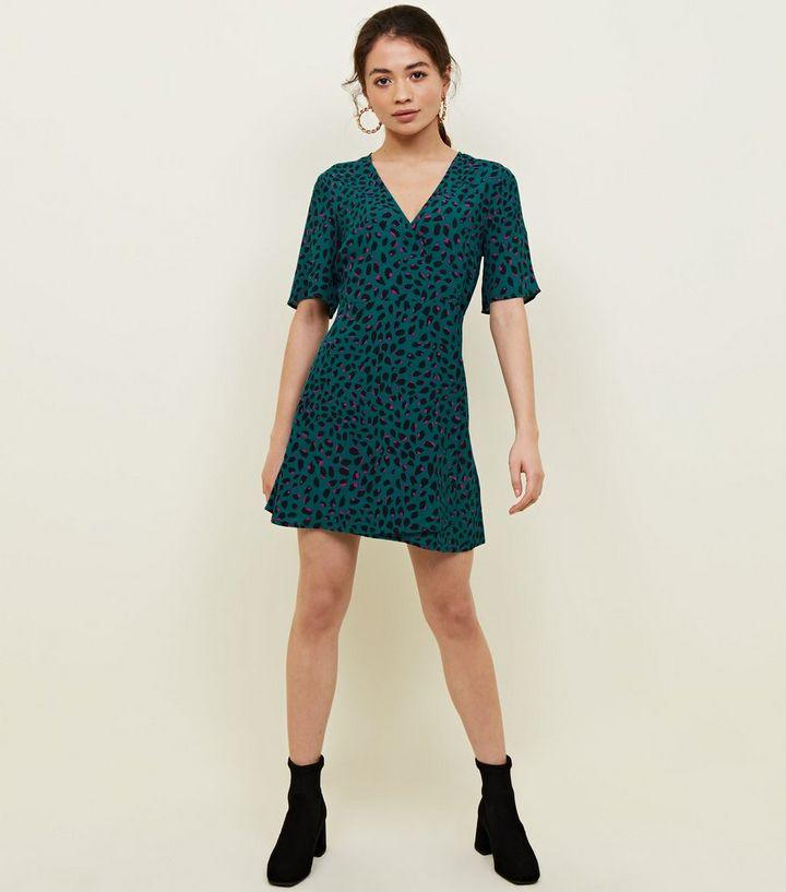 b6867c4678 Petite Green Leopard Print Mini Dress