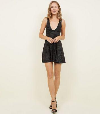 Cameo Rose Black Glittery Sparkly Plunge Neckline Dress New Look