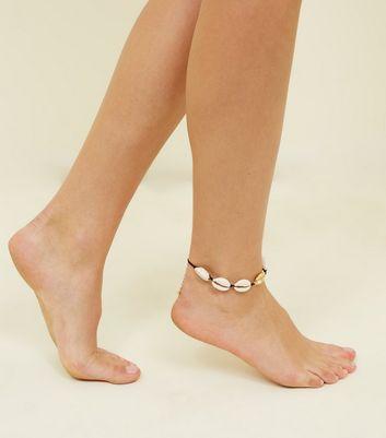 Cream Shell Ankle Bracelet New Look