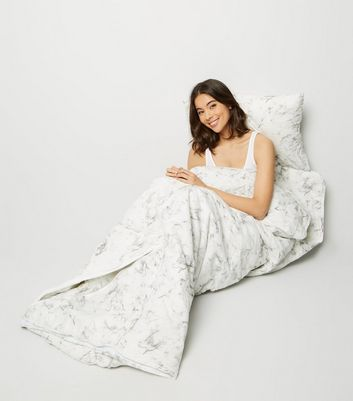 White Marble Print Sleeping Bag