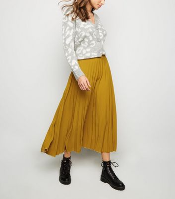 Mustard Pleated Midi Skirt
