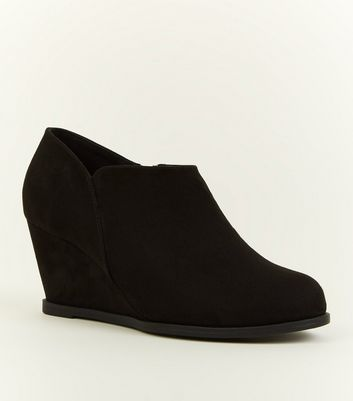 Girls Black Suedette Wedge Heel Shoe Boots