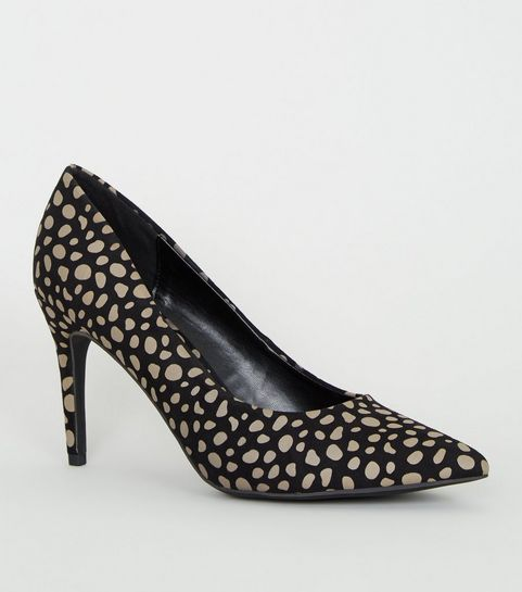 fb7a079f5eeff ... Black Animal Print Pointed Court Shoes ...