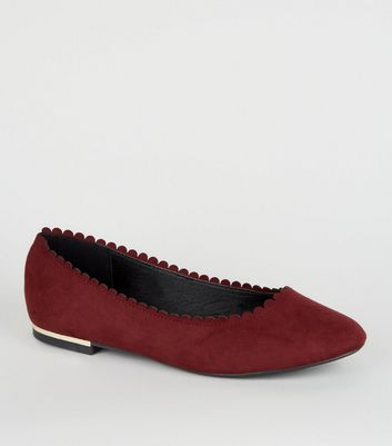 Wide Fit Dark Red Scallop Edge Ballet Pumps