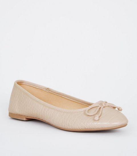 ec11658a5013 Off White Faux Croc Bow Ballet Pumps