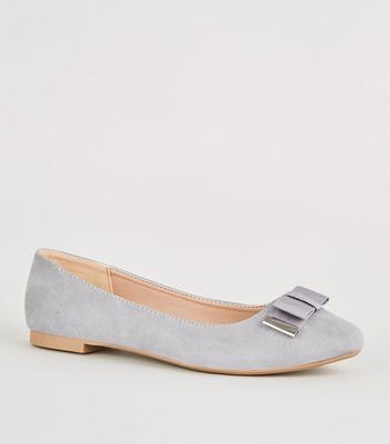 Wide Fit Grey Metal Trim Bow Ballet Pumps