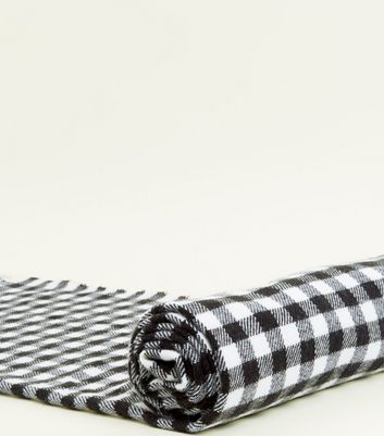 Black Soft Checker Board Pattern Woven Scarf