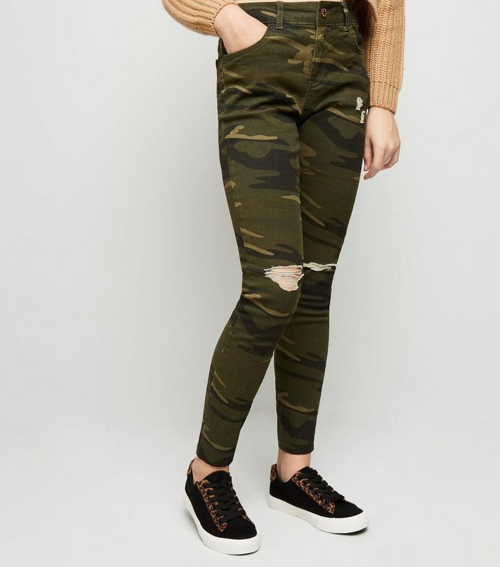 Girls Green Camo Ripped Skinny Jeans   New Look f5a05a7e63af