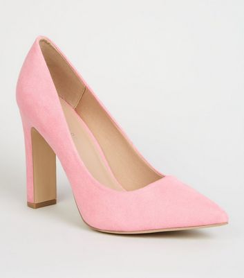 Wide Fit Pink Suedette Slim Block Heel Courts